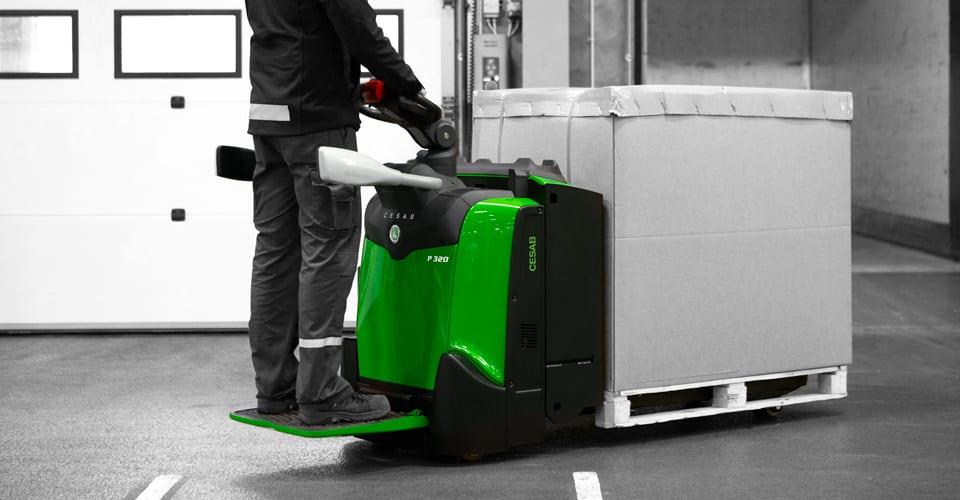 Rent or Buy powered pallet trucks in Northampton, Nottingham, Derby, Warwick, Leicester, Birmingham and across East Midlands, and West Midlands.