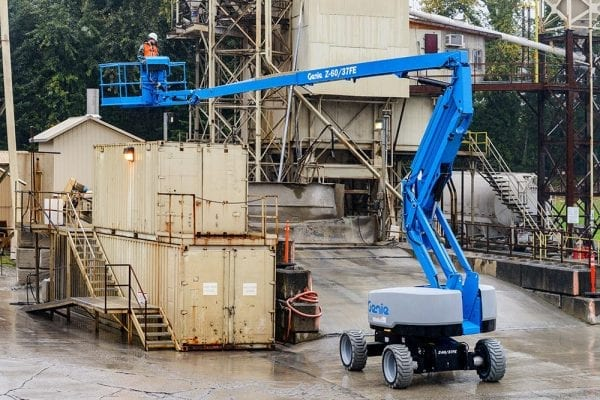 Genie Z60-FE Cherry Picker for Sale in UK, in areas like Leicester, Northampton, Nottingham, Birmingham, Derby, Warwick,West Midlands and East Midlands