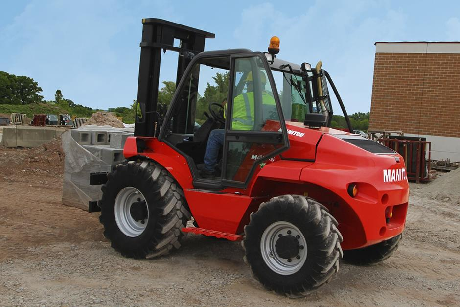 Electric Forklifts for Sale and Hire in Northampton, Nottingham, Derby, Warwick, Leicester, Birmingham and across East Midlands, and West Midlands.